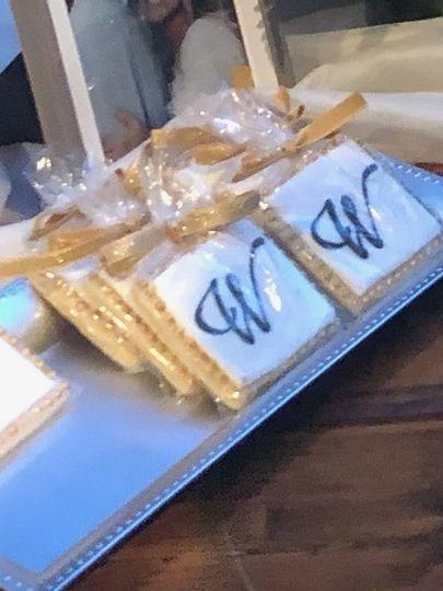 Custom cookie favors