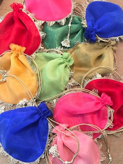 Favor Fabric Bags / Potlis