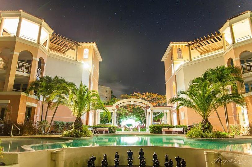 pool night view 2