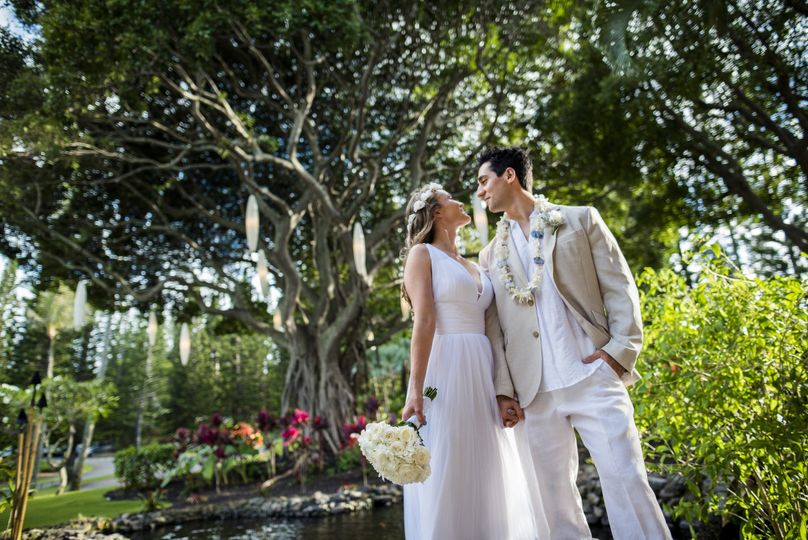 melissa and adam ritz carlton maui wedding