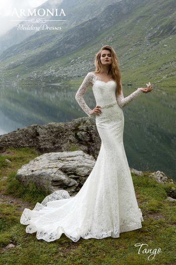 tango long sleeve lace sweetheart neckline bridal