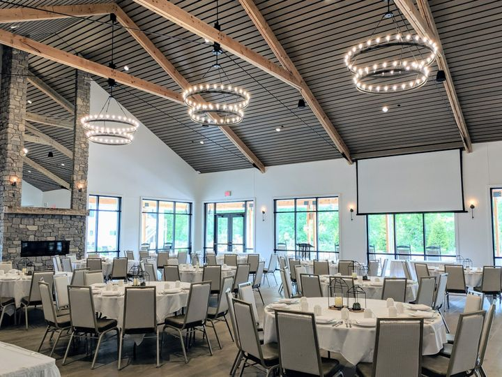 Banquet Center Laurel Ballroom