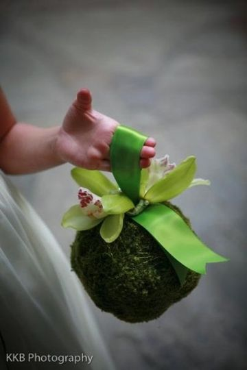 flowergirlpompander