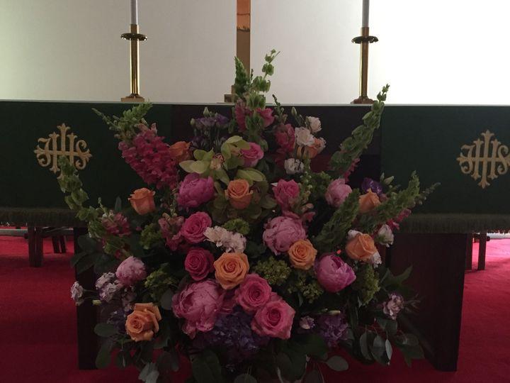 Tmx 1518025298 D67d616d0fd667ba 1518025296 Cc173d779648de33 1518025290075 5 2016 07 08 11.48.4 Natick, Massachusetts wedding florist