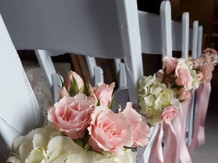 Tmx 1518025400 E7e9a255dc8ec7ff 1518025398 A749cba631b4f1c4 1518025383148 11 20160611 142636 Natick, Massachusetts wedding florist
