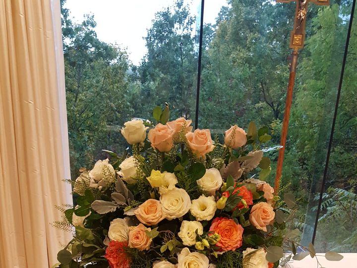 Tmx 1518025444 6c000159c9f44b1b 1518025442 5a60c9cc722c57f6 1518025428545 13 20161009 113209   Natick, Massachusetts wedding florist