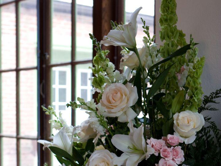 Tmx 1518025607 329e867eb0c5bc3d 1518025603 0c2169eed8e082ae 1518025594757 24 Rebecca Taylor We Natick, Massachusetts wedding florist
