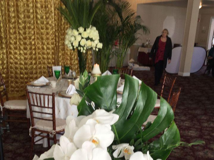 Tmx 1518025956 3cd28b7165911df3 1518025954 D1e2458f55ea7222 1518025942319 11 2015 02 23 14.21. Natick, Massachusetts wedding florist