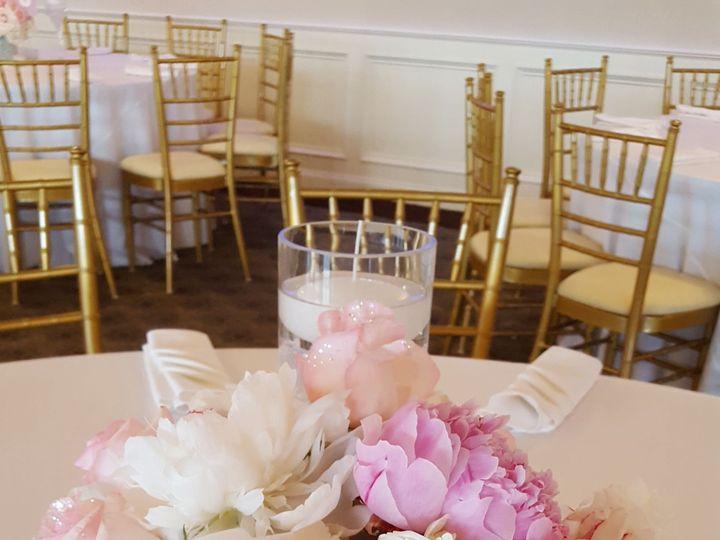 Tmx 1518031309 B94d8e258b6abd4e 1518031306 8d026bd7ada22a90 1518031305117 42 20160611 143059 Natick, Massachusetts wedding florist