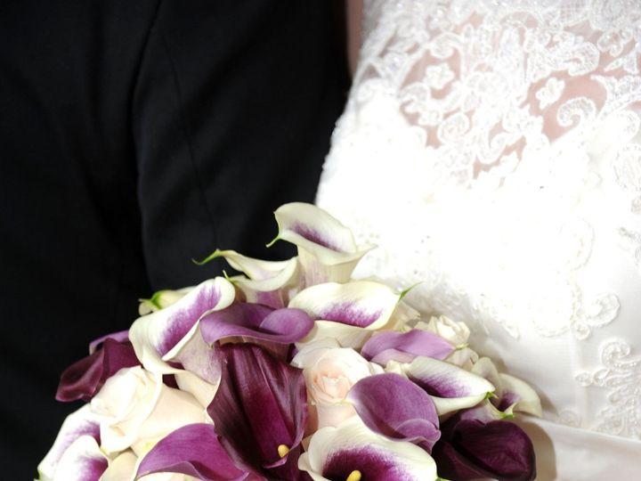 Tmx 1518031687 C39229a21e425a50 1518031683 33cfa4cf1a4a19df 1518031679989 10 DSC 1381 Natick, Massachusetts wedding florist