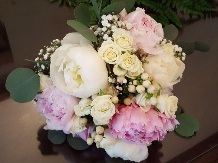 Tmx 1518031743 B79b1c1ad9f9adce 1518031740 19abbb251c35b62a 1518031736745 14 20170527 170507 Natick, Massachusetts wedding florist