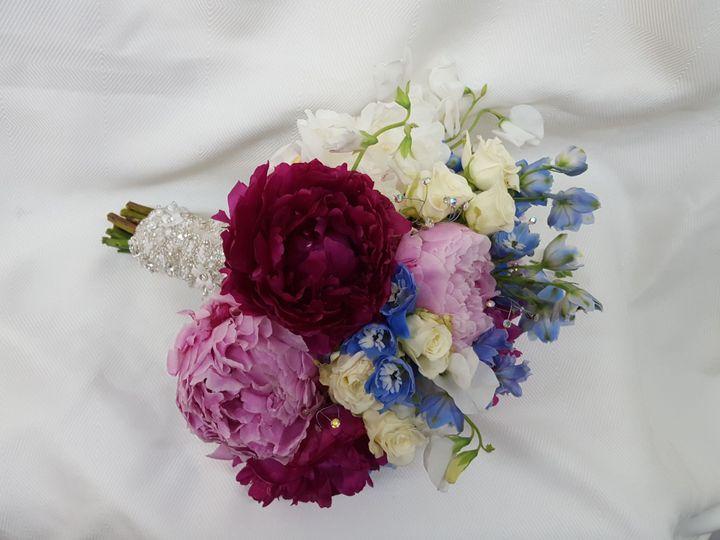 Tmx 1518031760 B933275c67ab59bc 1518031758 E526610355d62833 1518031757243 16 20160611 092953 Natick, Massachusetts wedding florist