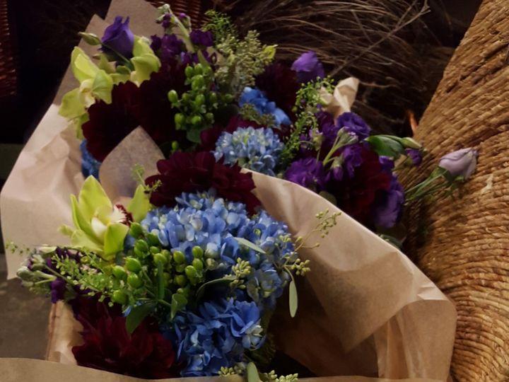 Tmx 1518031775 B4edbf4cd8d5429f 1518031773 Baabe325c60c74f5 1518031771913 17 20151024 084840 Natick, Massachusetts wedding florist