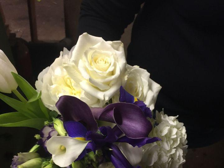 Tmx 1518031799 74d232d3d9cdedd0 1518031797 Fb4333328f781b03 1518031795403 19 2017 05 13 14.08. Natick, Massachusetts wedding florist