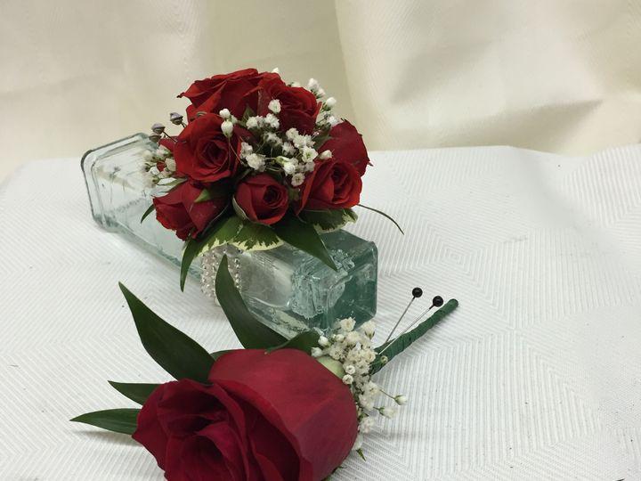 Tmx 1518032409 69fcbf5cab0e3828 1518032407 Cc956e1b74d70325 1518032405805 3 2016 05 12 14.02.4 Natick, Massachusetts wedding florist