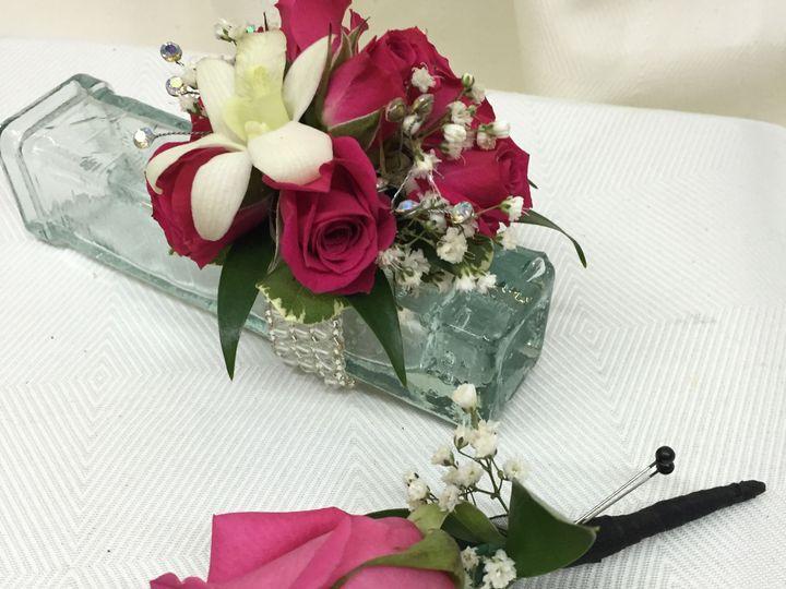Tmx 1518032422 30e8f2c0a22fedc3 1518032420 F874634356477588 1518032418941 4 2016 05 12 14.08.3 Natick, Massachusetts wedding florist