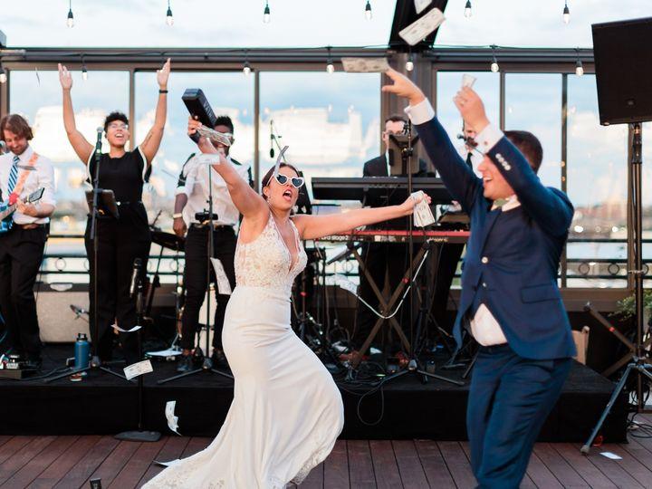 Tmx Lindsayandryan Wedding 1626 51 980781 157574748454935 Brooklyn, NY wedding band