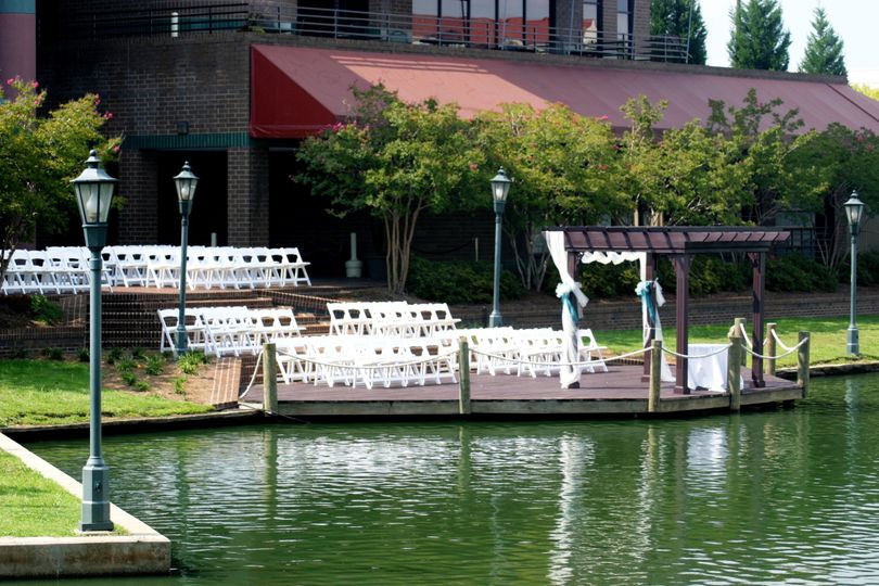 Contact us about having your wedding ceremony Lakeside! 704-547-7444