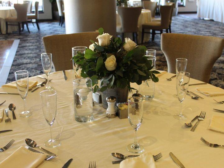 Tmx Fountain View Simple Elegeant Table 51 41781 V1 Charlotte, NC wedding venue