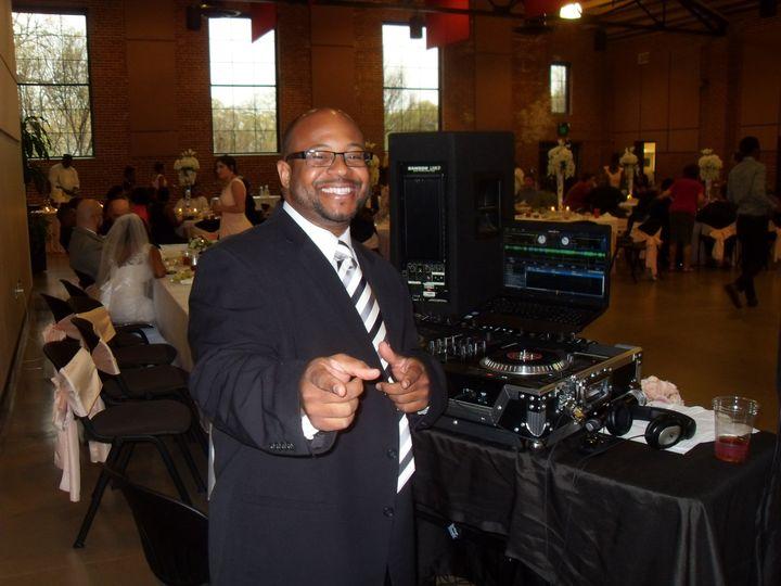 Happy DJ