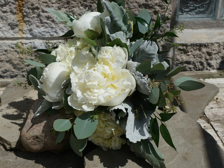 Tmx White Peony Bouqet 51 33781 Minneapolis, Minnesota wedding florist