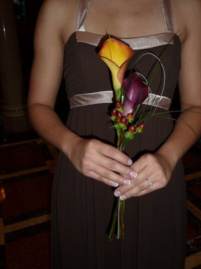 Simple Callas Attendant's Fall bouquets