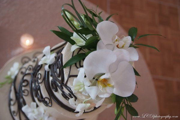 Custom White Orchid Cake topper, Cake provided by White Flower