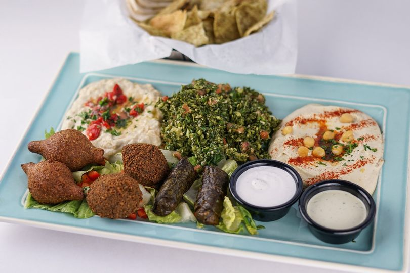 Hummus and falafel serving