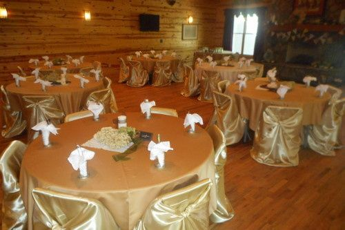 Gold reception tables