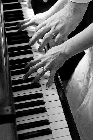 6c3efe30e6d3135396c378cdc2763d79 el piano piano m