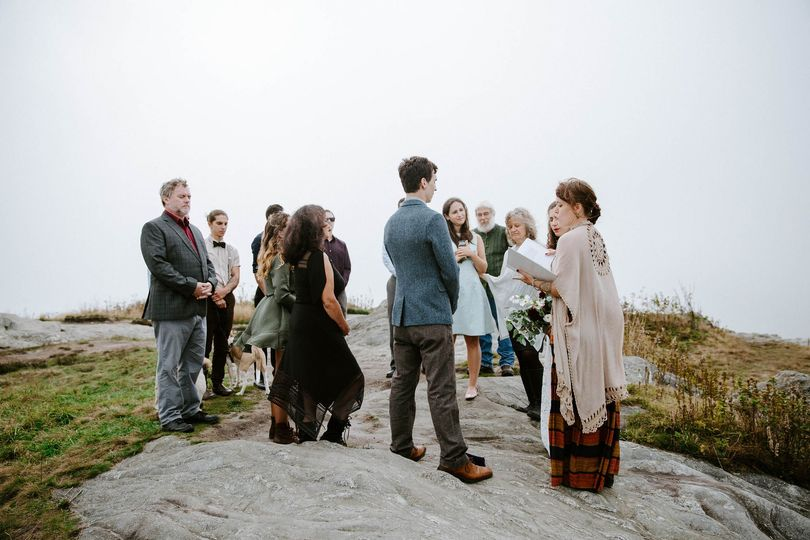 Outdoor wedding | Photo by Taylor Heery