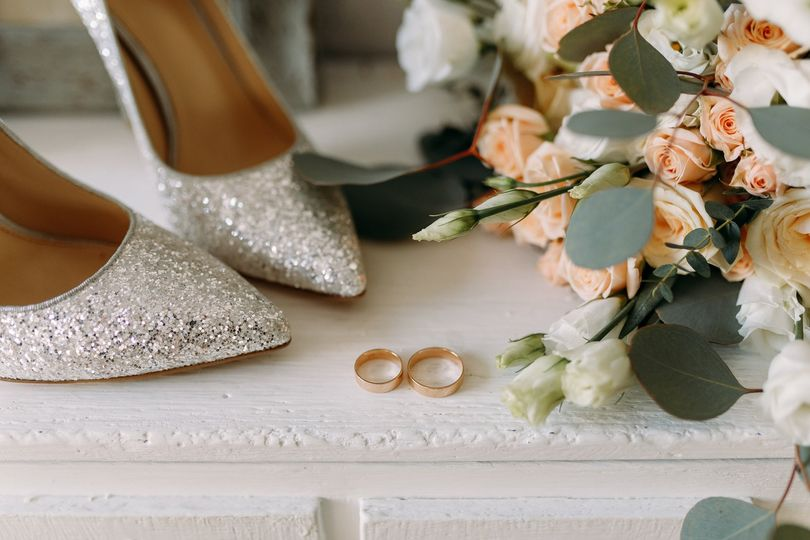Sparkles and blooms
