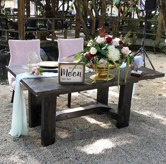 Sweetheart table & chairs