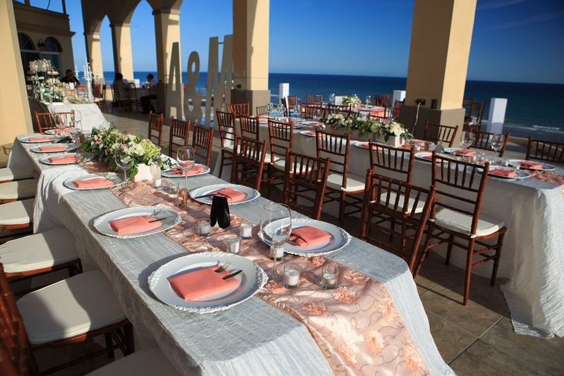 Reception on expansive patio