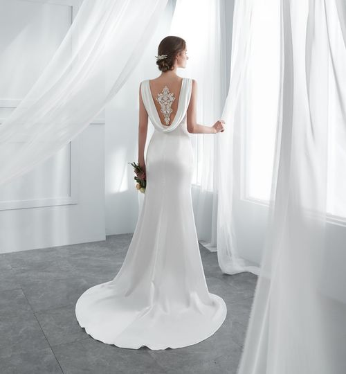 Long mermaid wedding gown