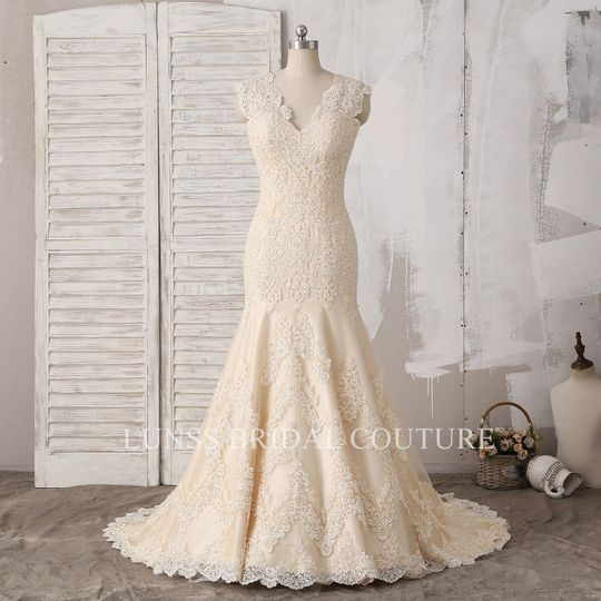 d406abc0c5 Lunss Couture - Dress & Attire - Bend, OR - WeddingWire