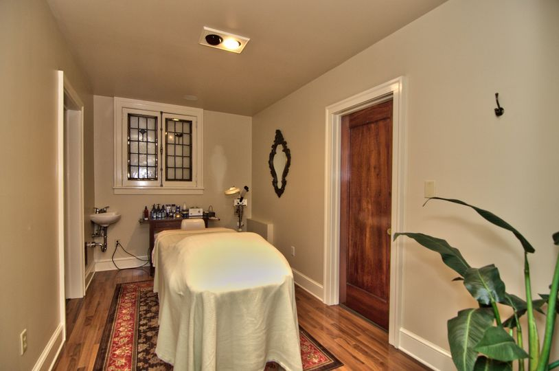Facial and massage room