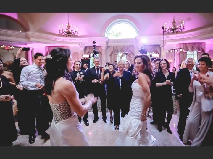 Tmx 1519969321 35628dc2649d313e 1519969318 7790bc7cb94cdc6a 1519969327654 6 Carlaparty Montclair wedding videography