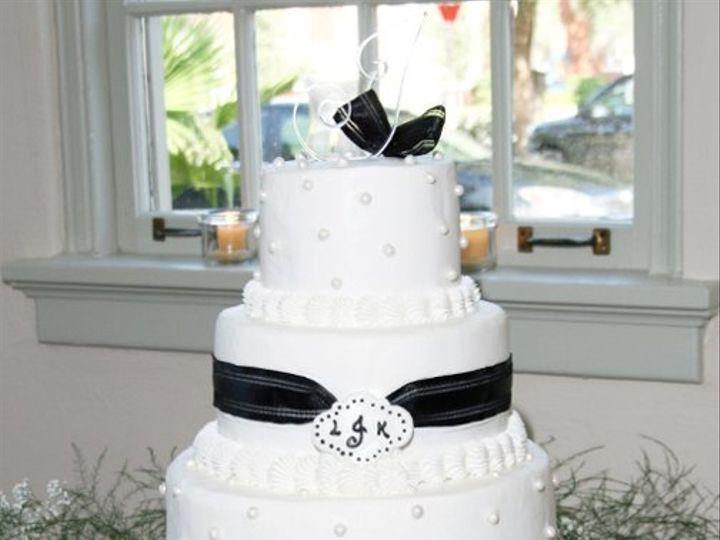 Tmx 1264082206471 G2GLeezaKevinWeddingCakeOCT2007 Oviedo wedding planner