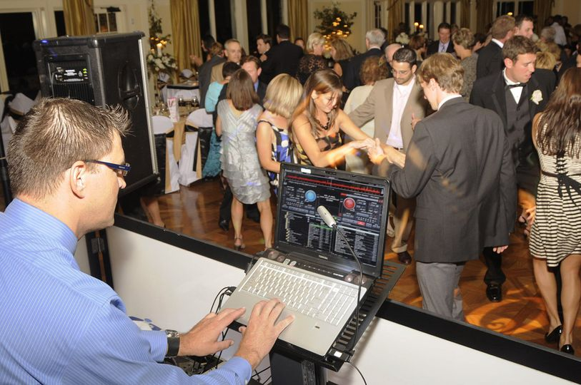 Wow factor dj wedding reception open dance time at cascade hills country club