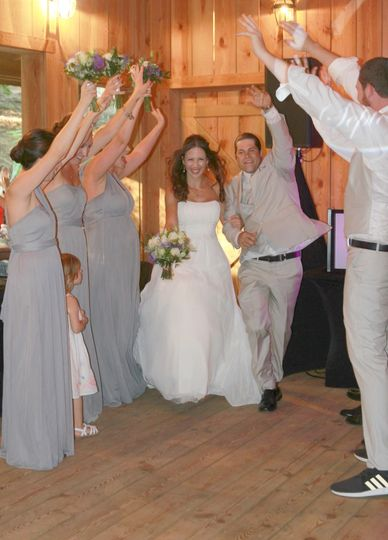 Celebrating the newlyweds | Lady Bug Photography