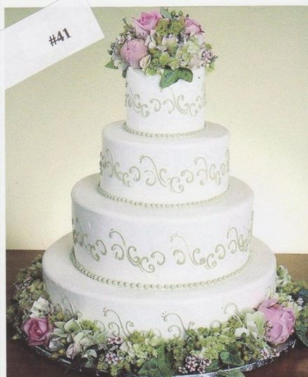 Flowers decorating the cake
