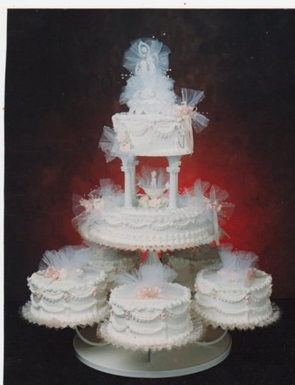 Cake with veil decorations