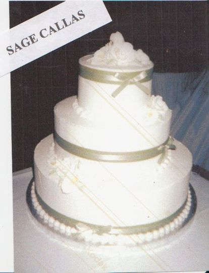 Cake with ribbon bands