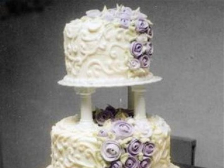 Tmx 1333319699119 ScrolledRoseTrail Elk River, Minnesota wedding cake
