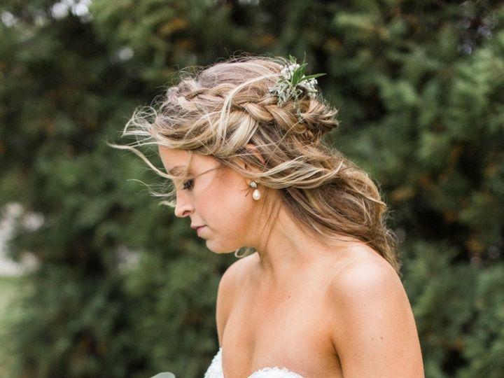 Tmx 13d53154 Ba1a 4d7c B764 Ca19712687ec 51 1140091 159313253351361 Burlington, WI wedding florist