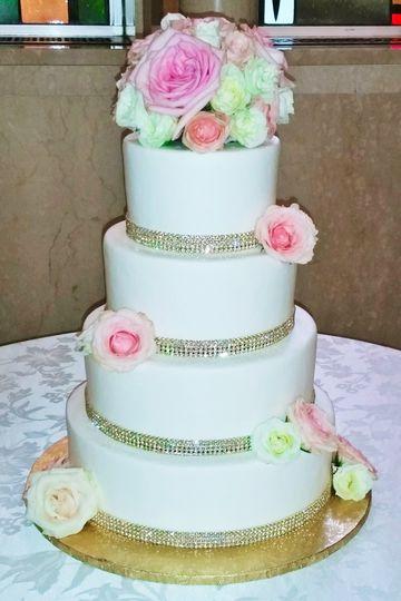 Weddingwire Custom Cake Design : Custom Cake Design - Wedding Cake - Gaithersburg, MD ...