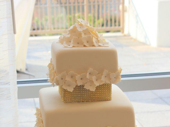 Tmx 1385157584893 Img279 Gaithersburg, District Of Columbia wedding cake