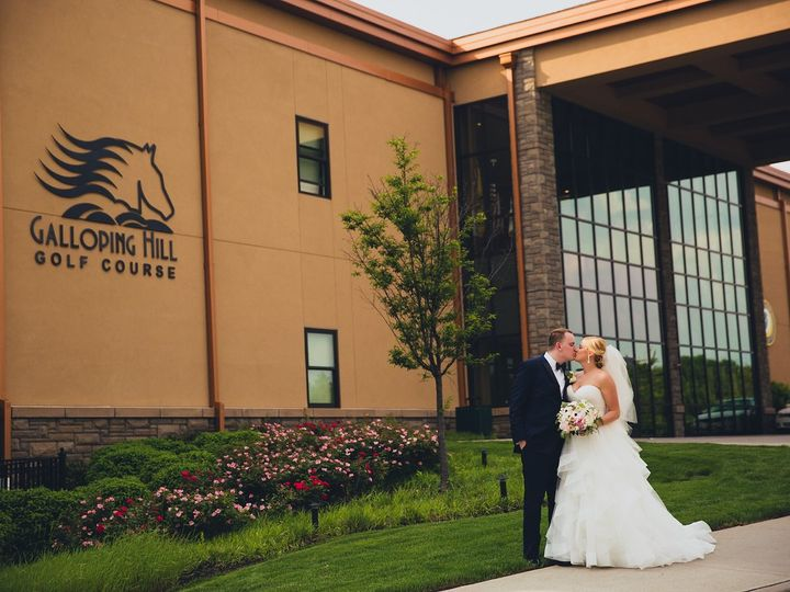 Tmx Ghgc Front Of Bldg Wedding1 51 563091 1556827927 Kenilworth, NJ wedding venue