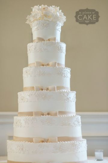 champagne bows lace wedding cake